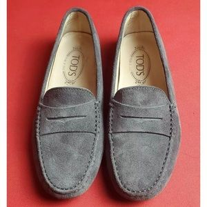 Tods Gommino suede driving loafer 38.5